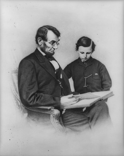 Lincoln_and_son_tad